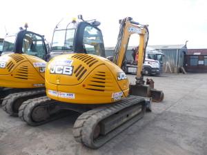 JCB8085